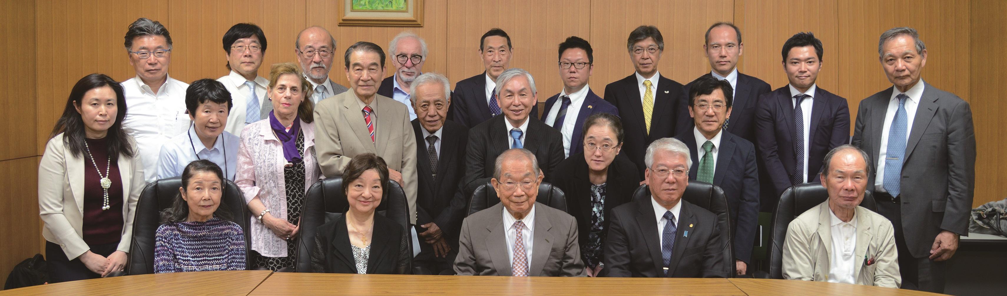 日本イスラエル親善協会 理事集合写真